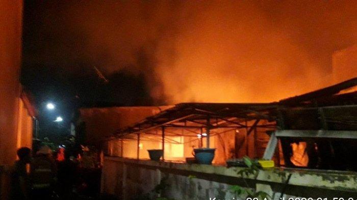 BREAKING NEWS: 2 Penghuni Rumah Tewas Akibat Kebakaran di Sunter Agung Jakarta Utara