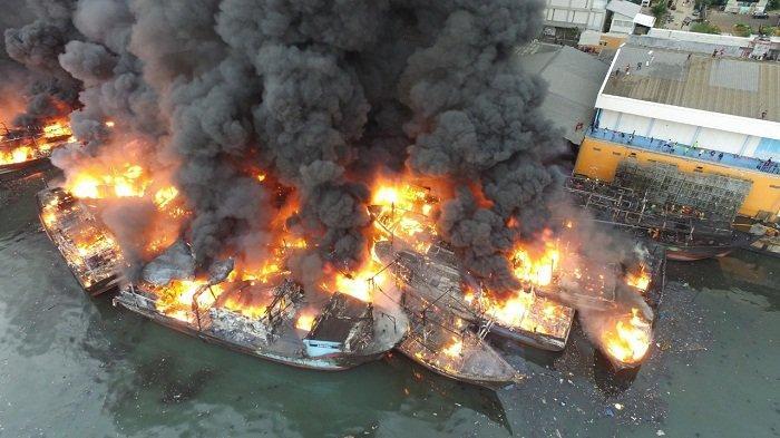 Saksi Bertambah Jadi 21 Orang dalam Peristiwa Kebakaran Kapal di Muara Baru