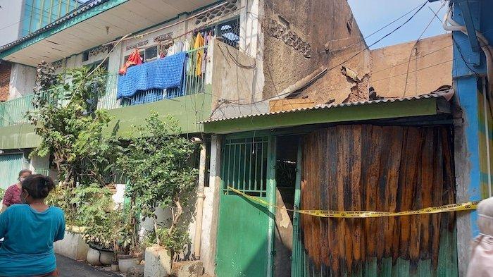 Tiga Bangunan Terbakar di Sawah Besar, Diduga Akibat Hubungan Arus Pendek