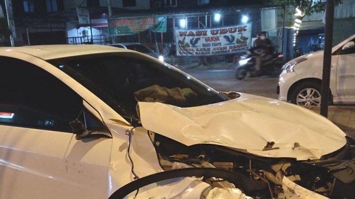 Dua Mobil Tiga Motor Terlibat Kecelakaan Beruntun di Pasar Kranggan, Empat Orang Kritis