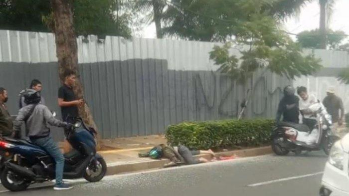 Diduga Ngantuk, Desi Susilowati <a href='https://manado.tribunnews.com/tag/tabrak-trotoar' title='TabrakTrotoar'>TabrakTrotoar</a> hingga Meninggal Dunia di Kemang