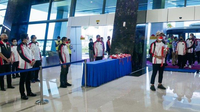Menpora Didampingi Ketum PBSI Sambut Kepulangan Tim Bulu Tangkis Indonesia di Bandara Soekarno Hatta