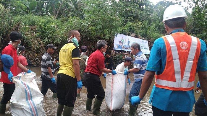 Momentum Peringatan Hari Peduli Sampah Nasional (HPSN), Palyja Ajak Warga Bebersih Kali Krukut