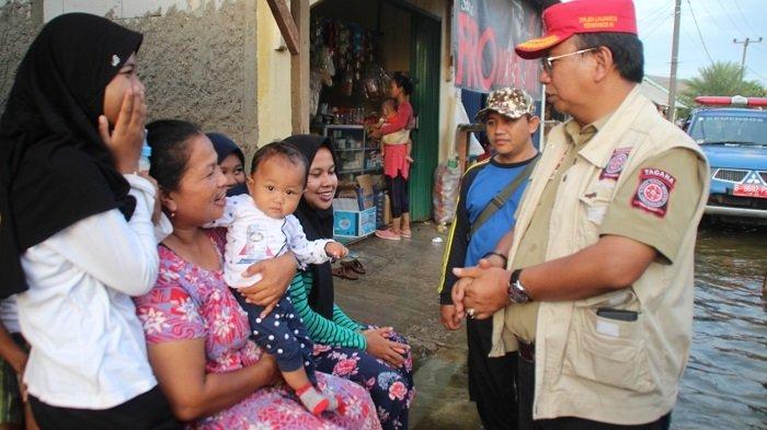 Banjir Parah Terjang Tangerang Kemensos Kirim Bantuan Makanan, Turunkan Tagana dan Tim Asesmen