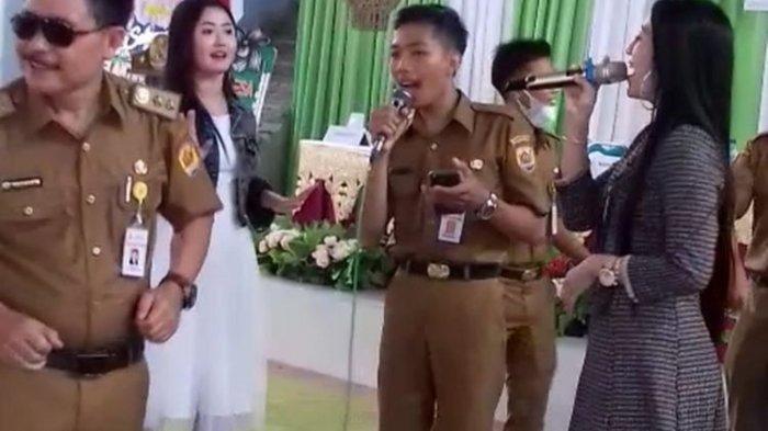 Asyik Joget bareng Biduan saat Covid-19 Menggila, Kades di Grobogan Minta Maaf: Itu Spontanitas