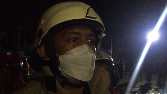 Sudah 4 Jam, Kebakaran Pasar Swalayan di Cilandak KKO Belum Padam, Sumber Air Jadi Kendala
