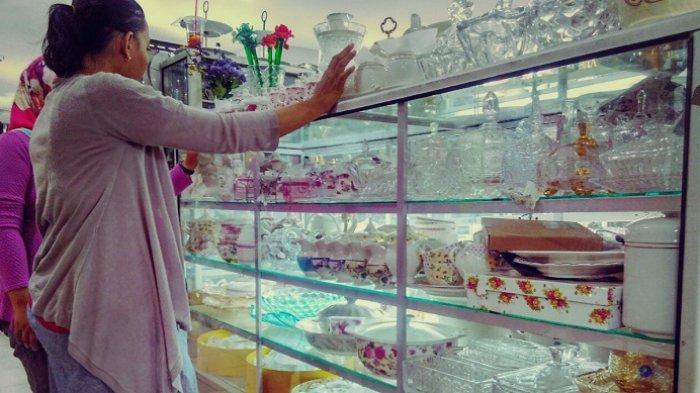 Surga Belanja Perlengkapan Makan dari Keramik dan Kristal