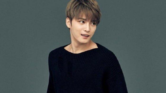 Penggemar Tuntut Permintaan Maaf Kim Jaejoong karena Batalkan Konser Solo