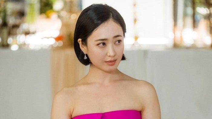Kim Min Jung dalam drama Korea terbaru berjudul The Devil Judge. Drama serial Korea ini bakal mulai ditayangkan pada 3 Juli 2021.