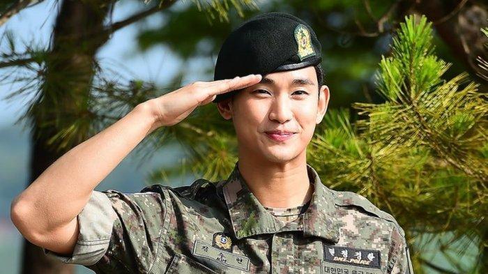 Keluar Wamil, Kim Soo Hyun Belum Kerja dan Akan Fokus ke Kontrak Kerjanya