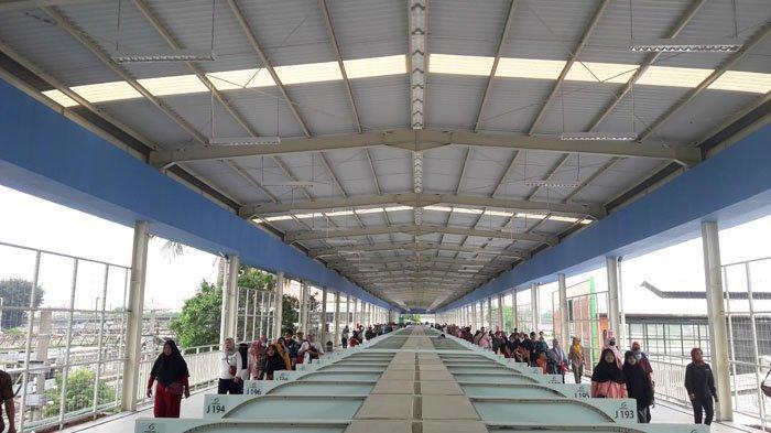 PKL Sudah Bisa Tempati Kios di Skybridge Tanah Abang Mulai Senin