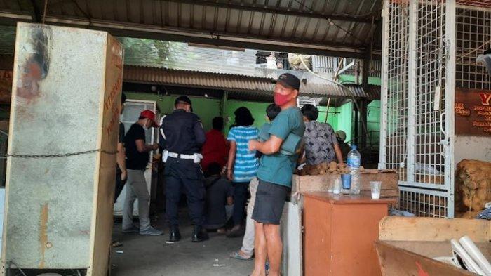 Ada Empat Kios di Pasar Induk Kramatjati Jakarta Timur yang Terbakar, Api Berasal dari Kios Tempe