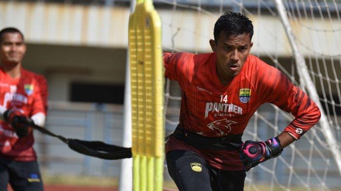 Jelang Piala Menpora 2021, Kiper Persib Teja Paku Alam Membangun Mental dan Kembalikan Sentuhan Bola