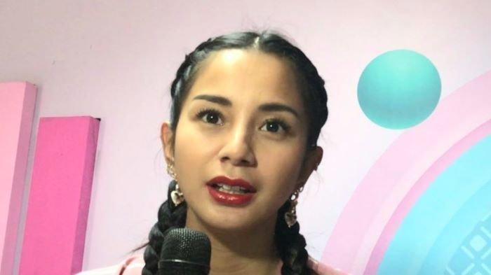 Kirana Larasati ketika ditemui di TransTV, Jalan Kapten Tendean, Mampang Prapatan, Jakarta Selatan, Selasa (13/4/2021).