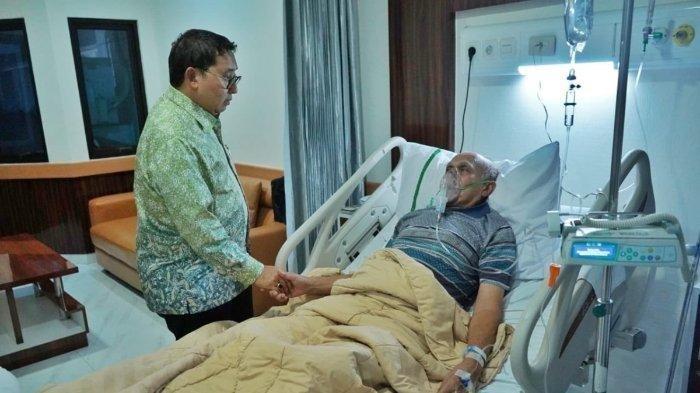 Fadli Zon Jenguk Kivlan Zen di Rumah Sakit Berharap Pengadilan Bisa Membebaskan