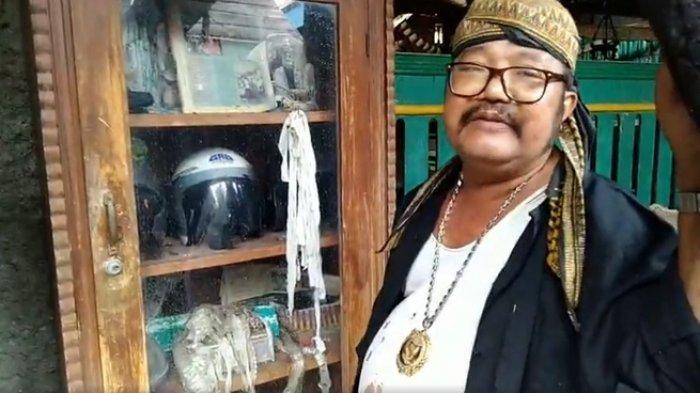 Sosok Sutarji Kolektor Benda Horor dari Tali Pocong dan Keranda Pembawa Sial, Ini 6 Fakta Museumnya