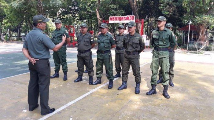Ilustrasi komponen cadangan atau komcad. Anggota perlawanan rakyat (Wanra) adalah ilustrasi komponen cadangan yang kini disiapkan Kementerian Pertahanan.