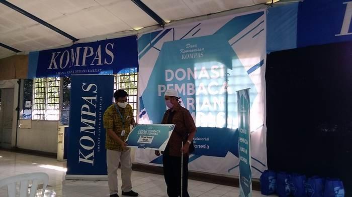VIDEO: Dana Kemanusiaan Kompas Salurkan Bantuan dari Pembaca Kompas dan Deloitte Indonesia