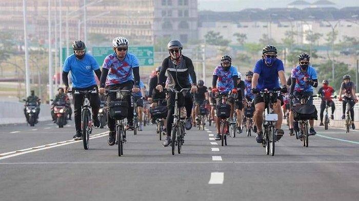 Komunitas Pesepeda Brompton Tolak Usulan Anies Road Bike Masuk Jalan Tol Dalam Kota