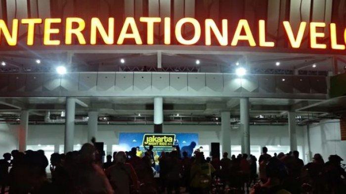 Para Pecinta Sepeda Nikmati Jakarta Night Ride di Velodrome Jakarta Timur