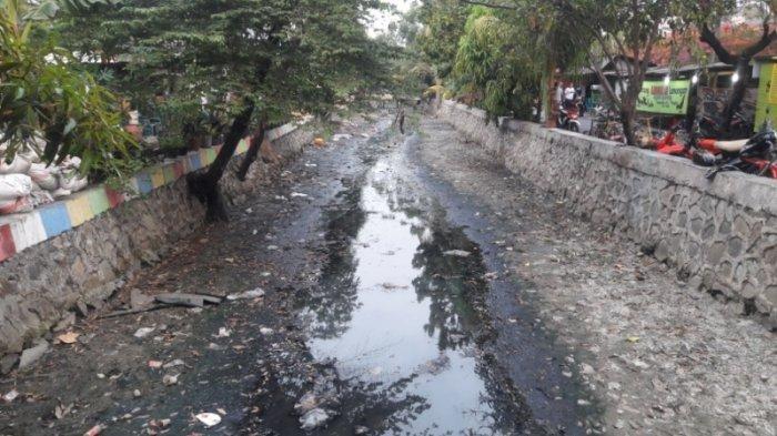 Kadang Wati Tidak Mandi Lantaran Ingin Hemat Air Bersih