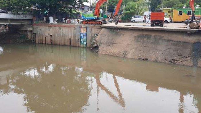 Hujan Intensitas Tinggi, Info Kondisi Pintu Air Sabtu 22 Februari Ada yang Berubah Siaga 3