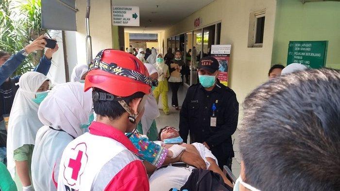BREAKING NEWS: Korban Berdatangan ke RS Budi Kemuliaan, Satu Orang Tewas Tertembak Dini Hari