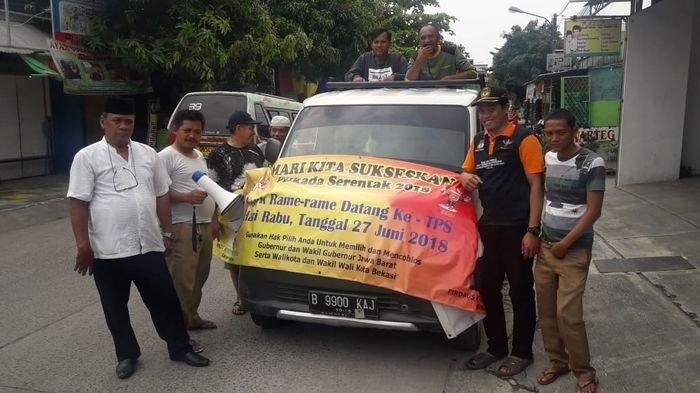 KPU Kota Bekasi Keliling Pakai Mobil Ajak Warga Nyoblos ke TPS