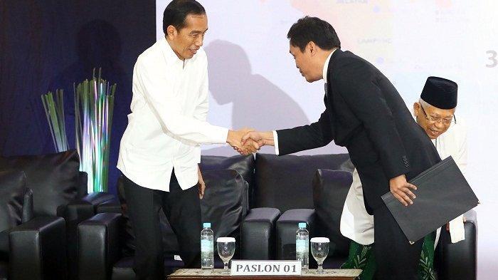 Aksi Habiburokhman Salami Jokowi dan Cium Tangan Maruf Amin Dianggap Budaya Politik Terpuji