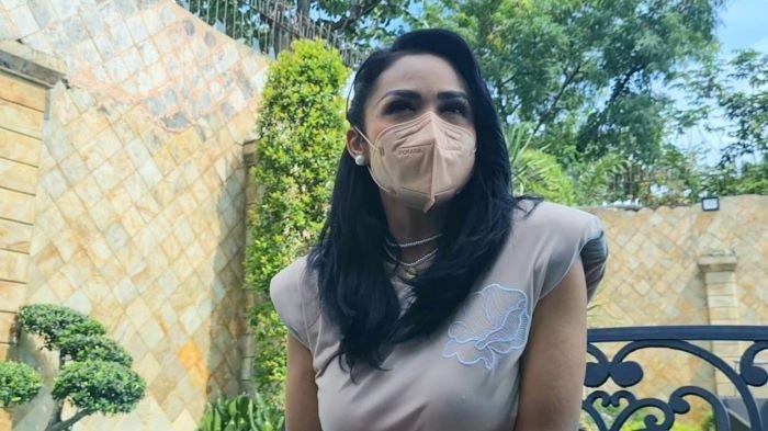 Aurel Hermansyah Hamil Setelah Sebulan Menikah, Krisdayanti Sebut Putrinya Dapat Kemudahan