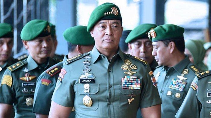 Kepala Staf TNI AD Jenderal Andika Perkasa dengan tubuhnya yang kekar.