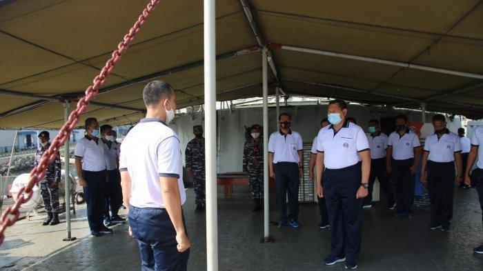 KSAL Sidak Periksa Kapal Perang KRI Teluk Gilimanuk-531