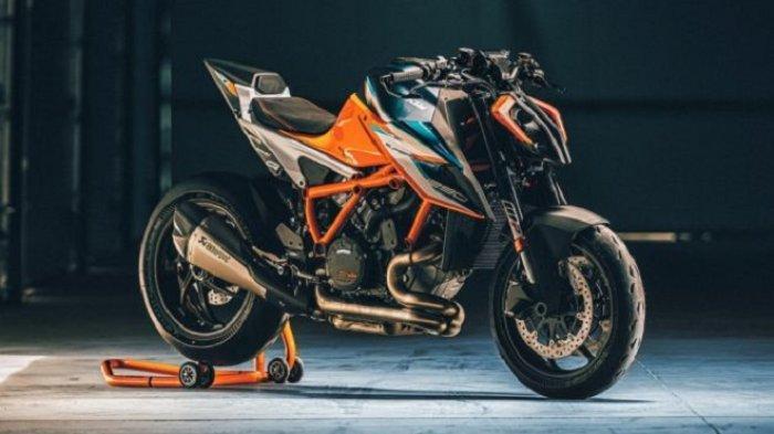 Dibuat Hanya 500 Unit, KTM 1290 Super Duke RR Edisi Terbatas Hadir dengan Bodywork Serat Karbon
