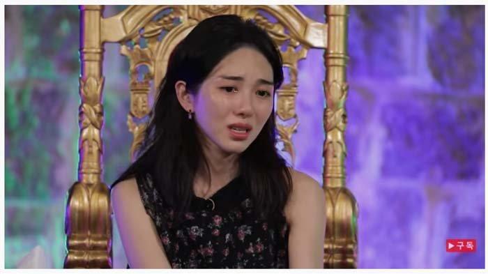Kwon Min-ah Ungkap Pelecehan yang Dialami di Masa Remaja, dan Berdampak kepada Gangguan Jiwa