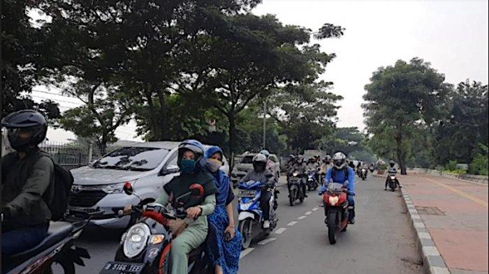 Pukul 09.00 Jalan I Gusti Ngurah Rai dari Klender Sampai Stasiun Buaran Ramai Lancar