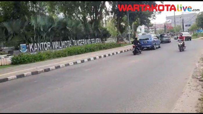 VIDEO Info Lalu Lintas, Kamis Sore Depan Kantor Airin Ramai Lancar