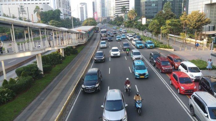 VIDEO: Jalan Jenderal Sudirman Berangsur Normal, Kendaraan Sudah Padat Merayap