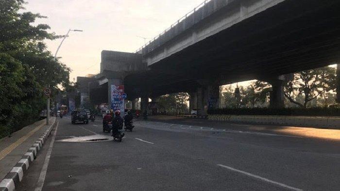 Pukul 07.03 WIB, Rabu 10 Juni 2020, Jalan Yos Sudarso Kelapa Gading Jakarta Utara  Ramai Lancar
