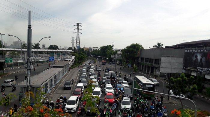 Simpang Senen Arah Kelapa Gading Lancar