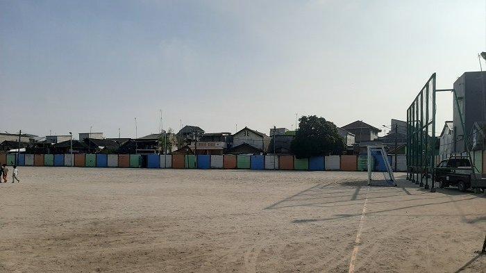 Lapangan Sepak Bola Kalibaru Menjadi Satu-satunya Lapangan Khas DKI Jakarta Dengan Bahan Dasar Pasir