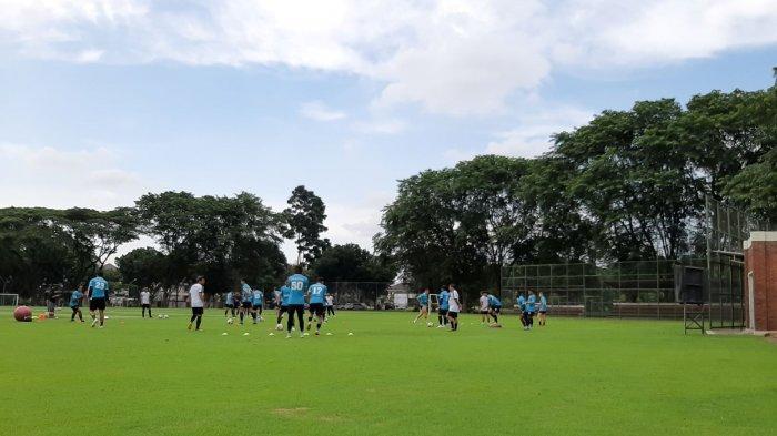 Widodo Datangkan Beberapa Pemain Pro Elit Persita Tangerang Dalam Latihan Sore di SPH