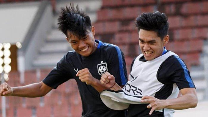 Pemain PSIS berlatih fisik selain berlatih strategi bermain di lapangan