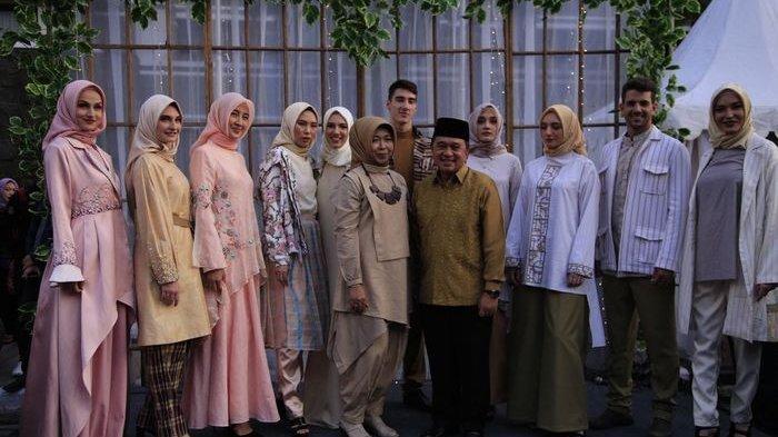 Busana Lebaran yang Terinspirasi dari Romantisme Jalan Braga Bandung