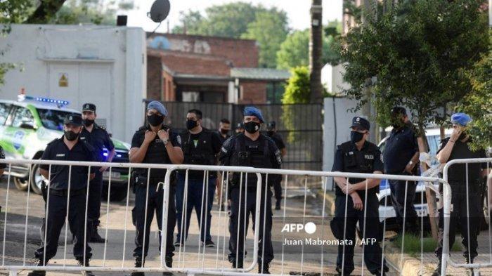 30 Polisi Argentina Geledah Rumah dan Selidiki Dokter Pribadi Maradona, 'Pembunuhan Tak Disengaja?'