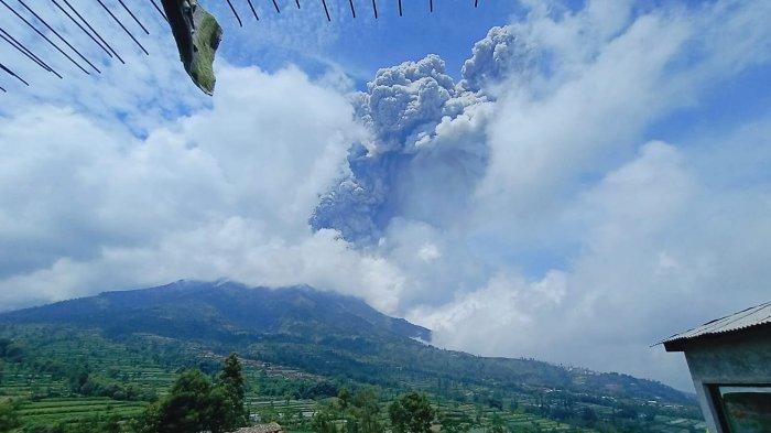 Gunung Merapi Kembali Meletus, Lebih Kecil Dibandingkan Letusan Pada Jumat Akhir Bulan Lalu