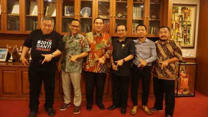 Aktivis Gerakan #2019GantiPresiden Minta Nasihat Tommy Soeharto