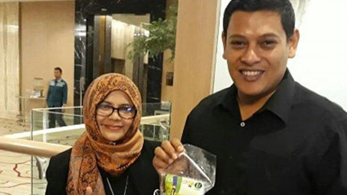 Lilis Komariah, pemilik UMK Cireng LS, mitra binaan Pertamina asal Desa Buahbatu, Kecamatan Bojongsoang, Kabupaten Bandung.