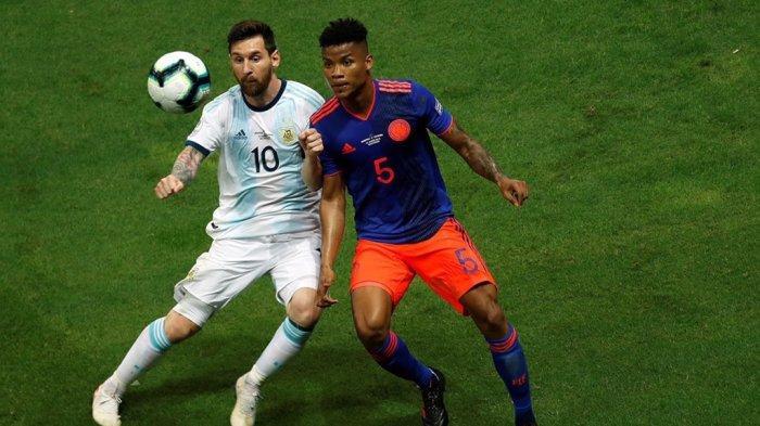 Lionel Messi Bilang Lapangan di Brasil Buruk Sehingga Sulit Mengontrol Bola