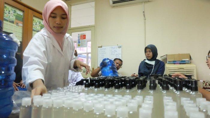 Jangan Asal Pilih, Ini Jenis Alkohol yang Baik untuk Bahan Hand Sanitizer Menurut LIPI