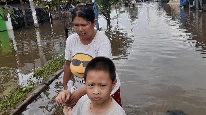 Banjir di Total Persada Periuk Kota Tangerang, Lisa: Listrik Padam, Stok Air Bersih Menipis